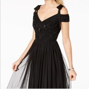 Adrianna Pappell Black Formal Gown